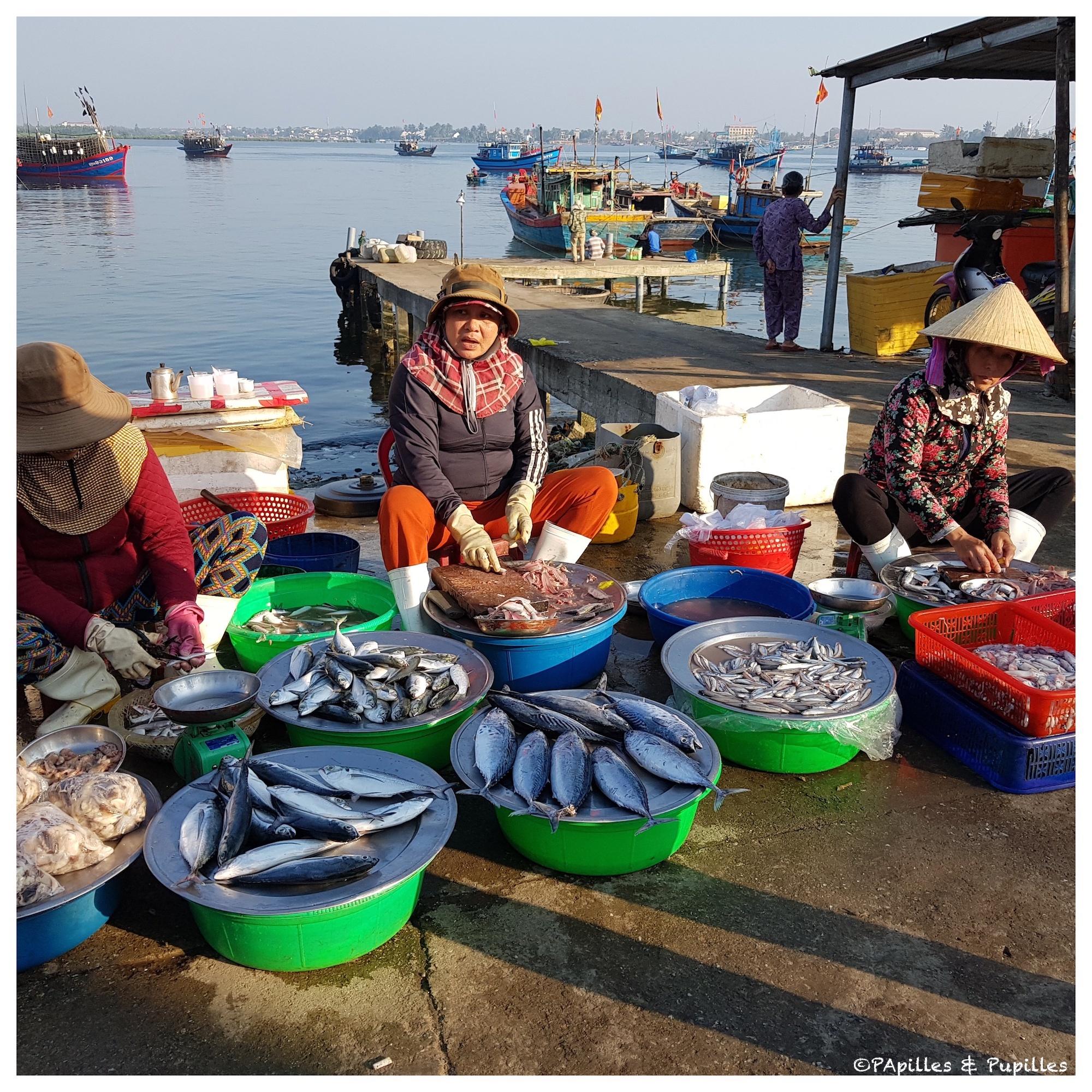 Marché aux poissons - Dames