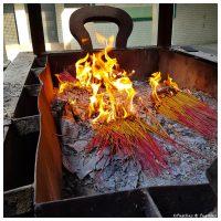 On brûle l'encens