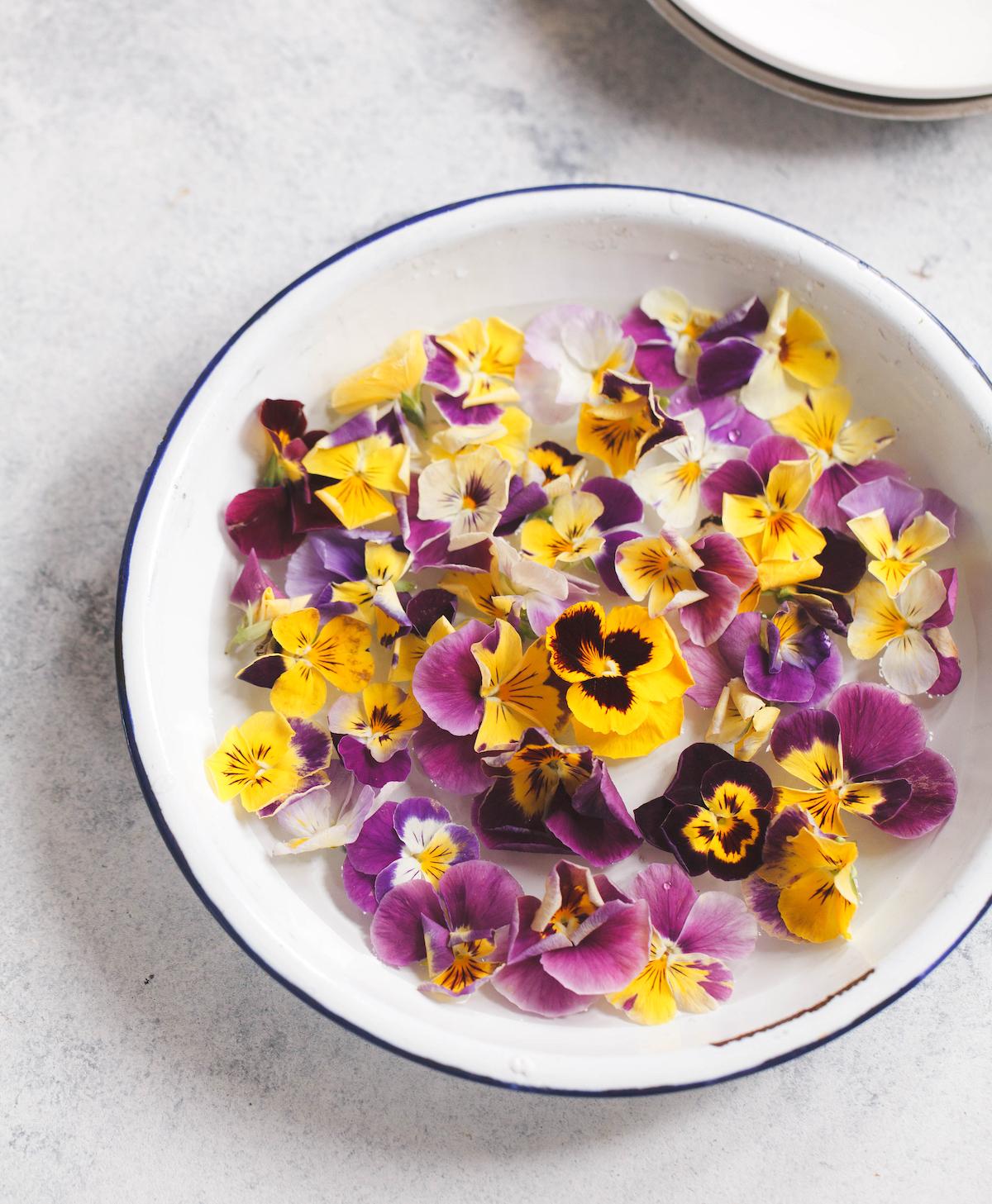 Fleurs comestibles : les pensées