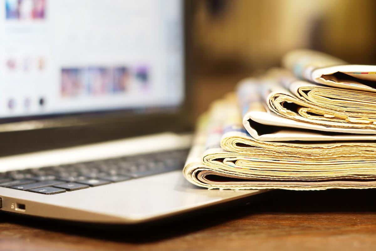 Revue de Presse ©Photo Kozyr shutterstock