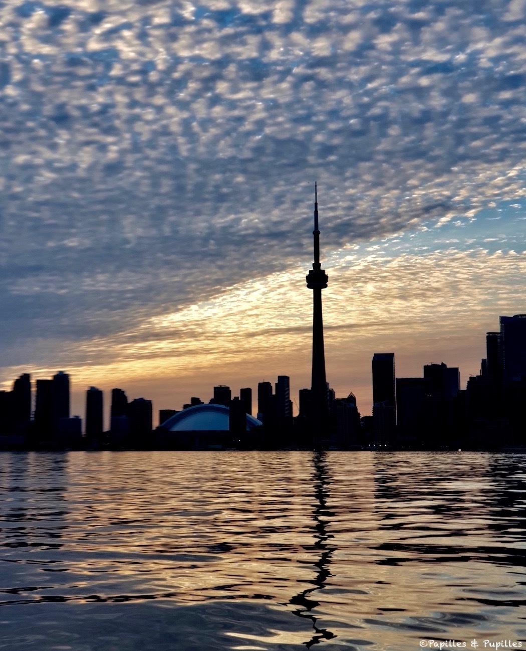 CN tower. Vue depuis Toronto Islands