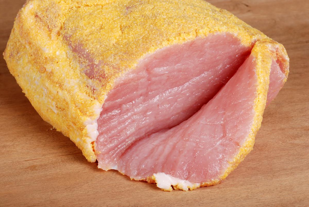 Peameal bacon ©Michael C. Gray shutterstock