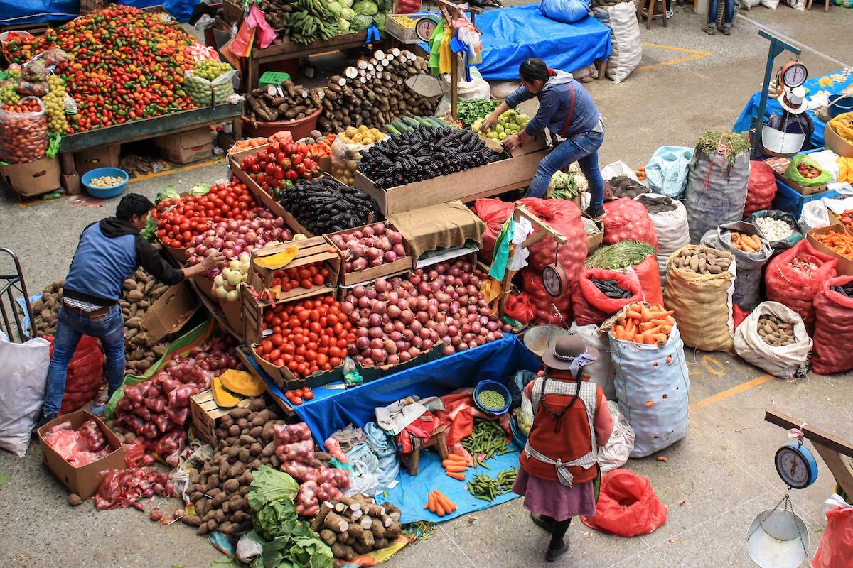 Marché d'Urubamba ©Lindsay Jubeck shutterstock