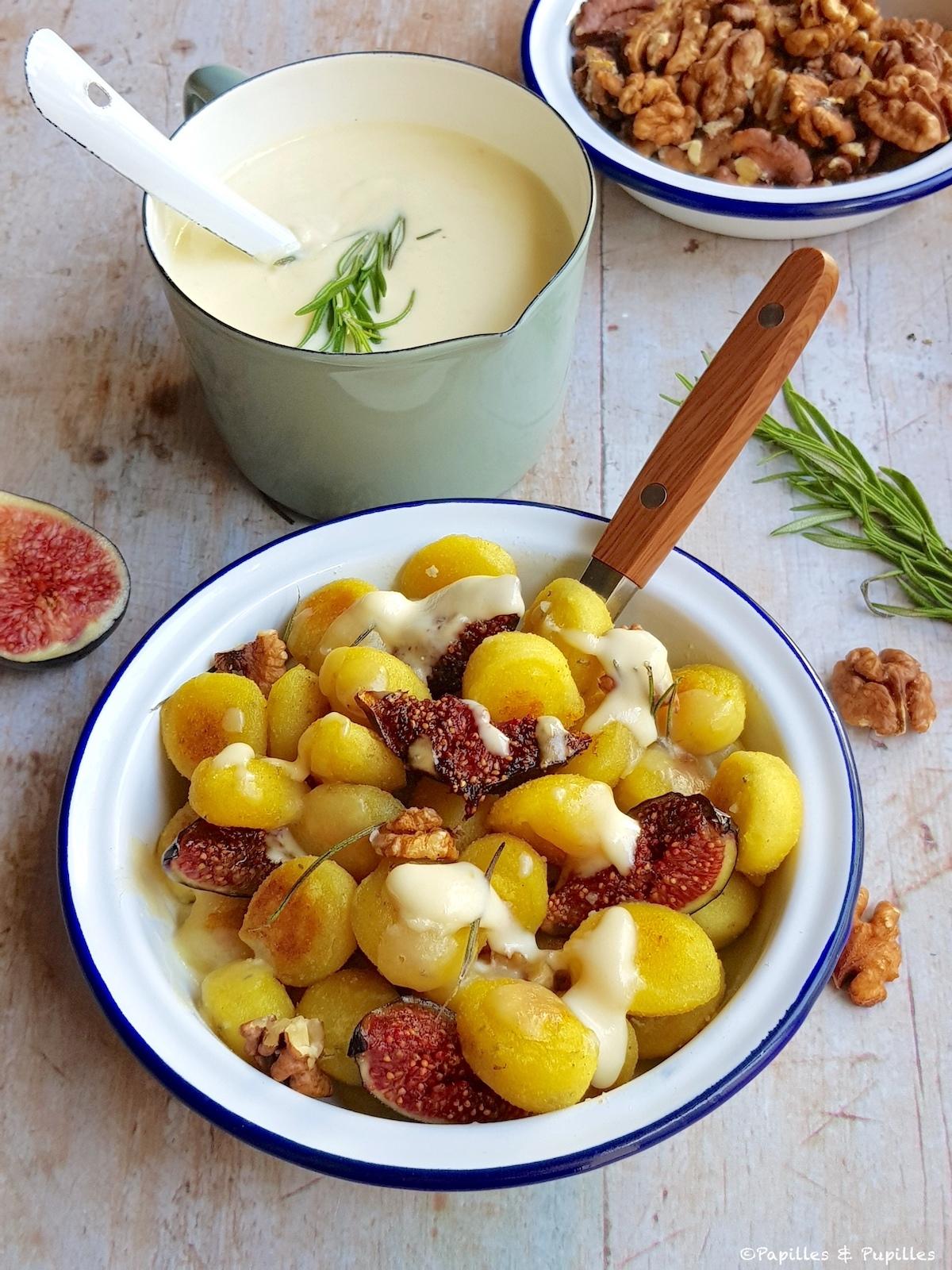 Gnocchis à poêler romarin, crème de Parmesan, figues et noix
