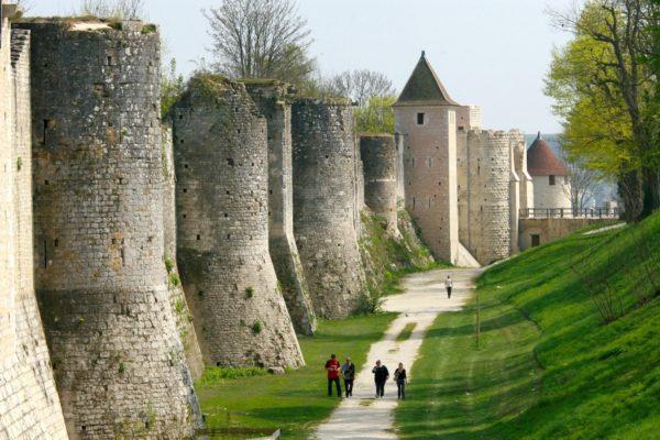 Remparts-©-OT-Provins-JF-Benard