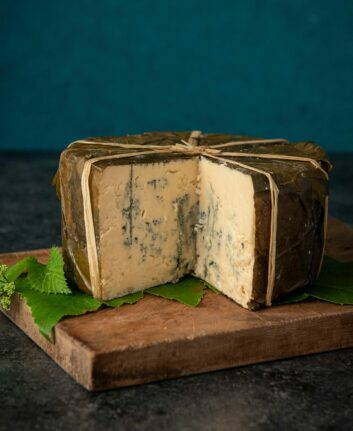 Fromage Rogue River Blue ©Rogue Creamery