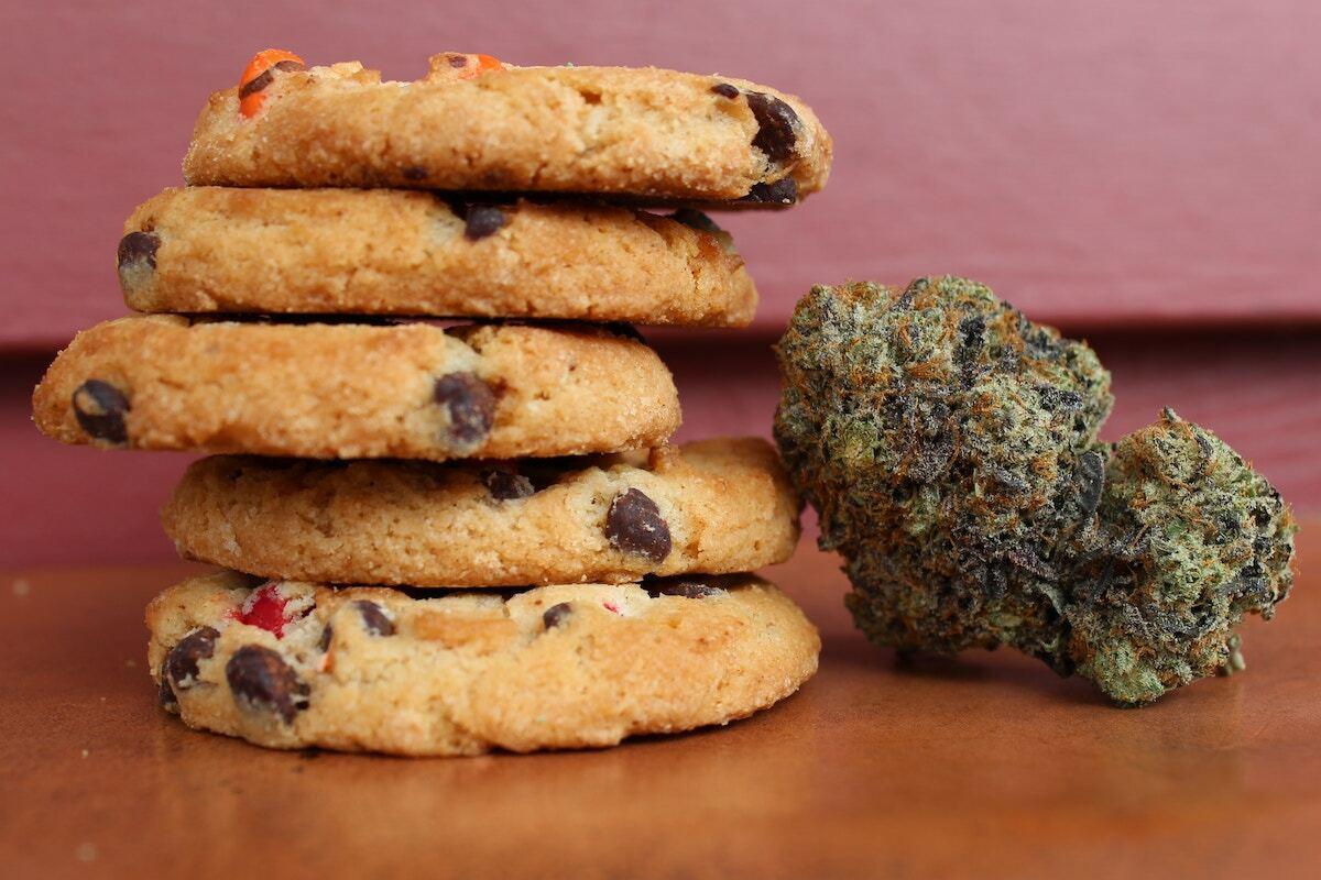 Space cookies ©margo-amala unsplash
