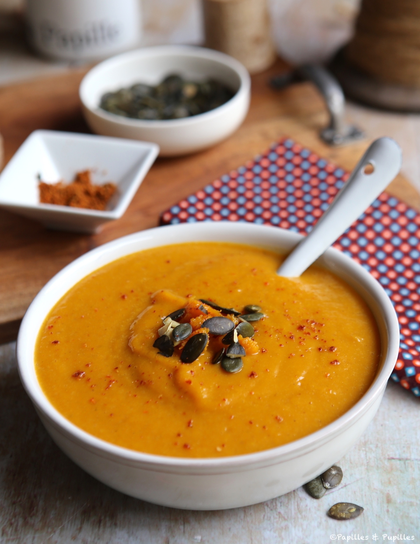 Velouté de butternut au curry et piment d'Espelette