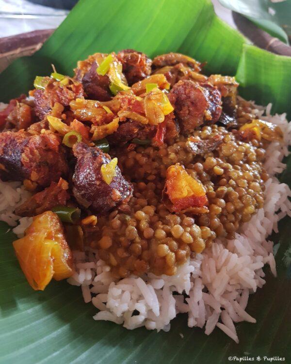 Rougail saucisse, lentilles de cilaos et riz
