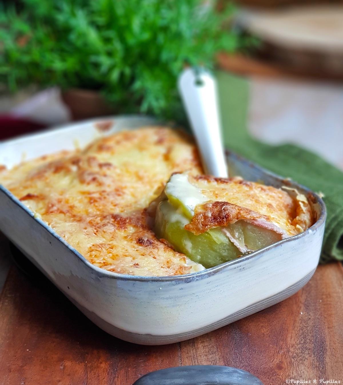 Chouchous au jambon et béchamel