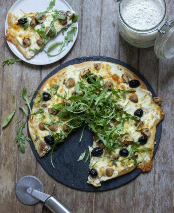 Pizza blanche aux champignons