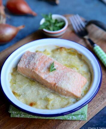 Gratin de poireaux, saumon et Parmesan