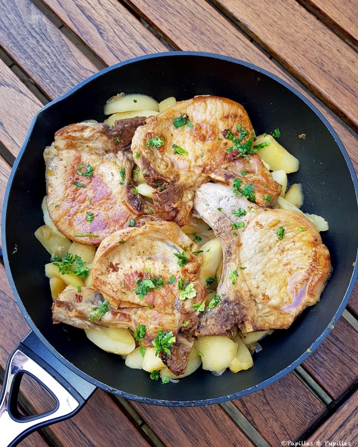 Côtes de porc, pommes et cidre