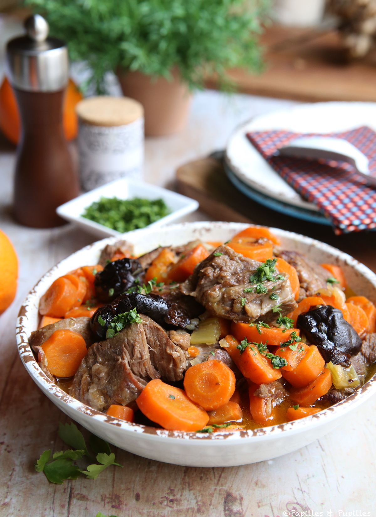 Sauté de veau à l'orange et aux pruneaux