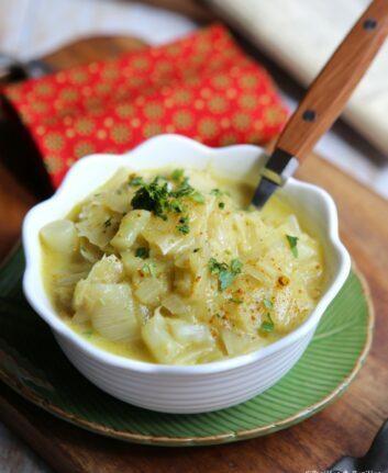 Fondue de poireaux au curry et lait de coco