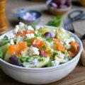 Salade pommes de terre truite fumée artichauts