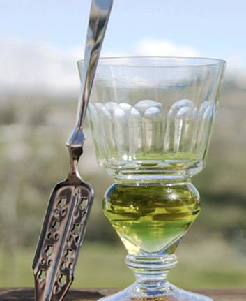 Verre et cuillère à absinthe