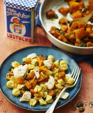 Gratin de pâtes aux légumes d'automne et cabillaud