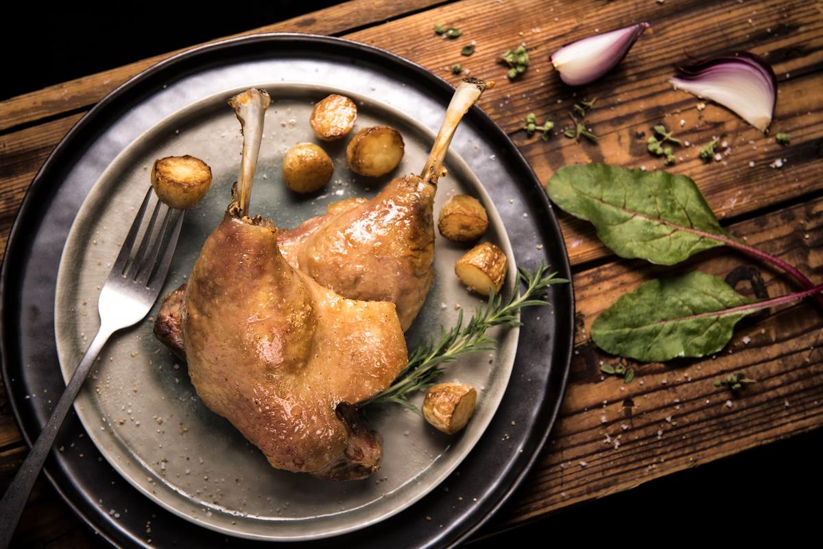 Cuisses de confit de canard ©Ernest Soulard