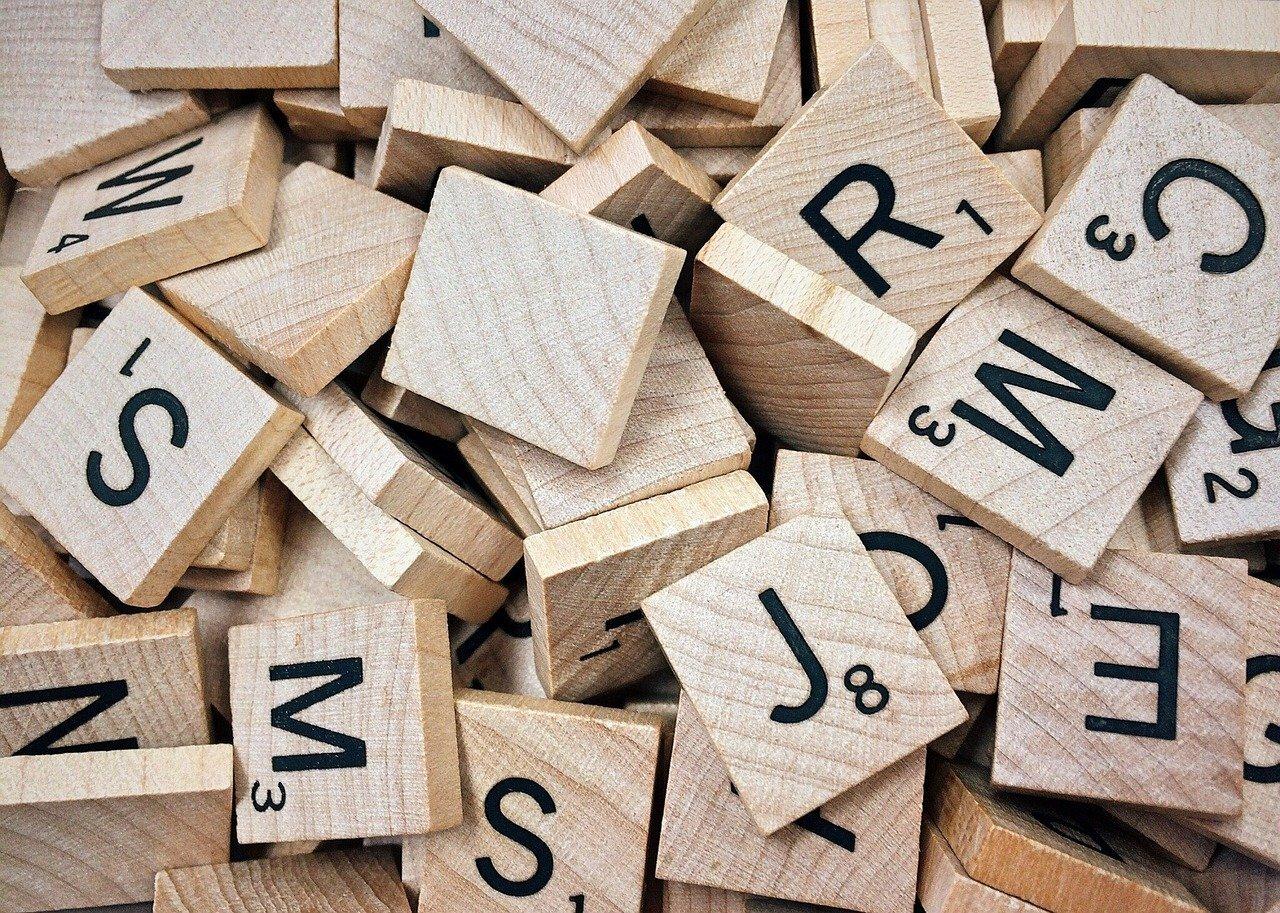 Scrabble ©Wokandapix de Pixabay