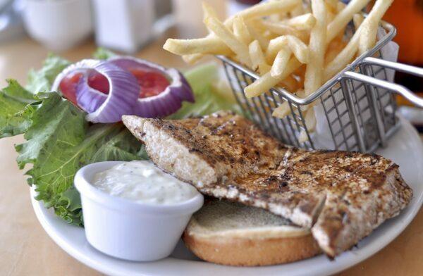 Sandwich Mahi mahi ©James CC BY-NC-ND 2.0