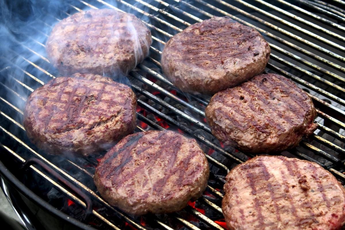 Steack hachés cuits CC0 pxhere.com