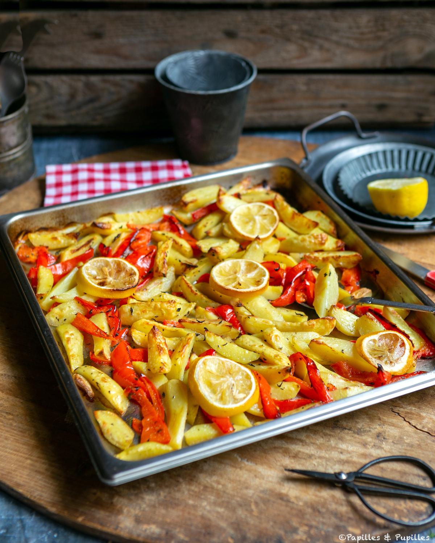 Pommes de terre et poivrons cuits
