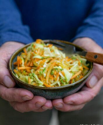 Salade de carottes et courgettes à l'ail et au gingembre