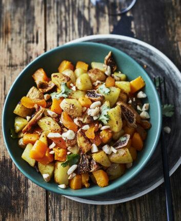 Wok de pommes de terre, butternut et fruits secs © Amélie Roche CNIPT