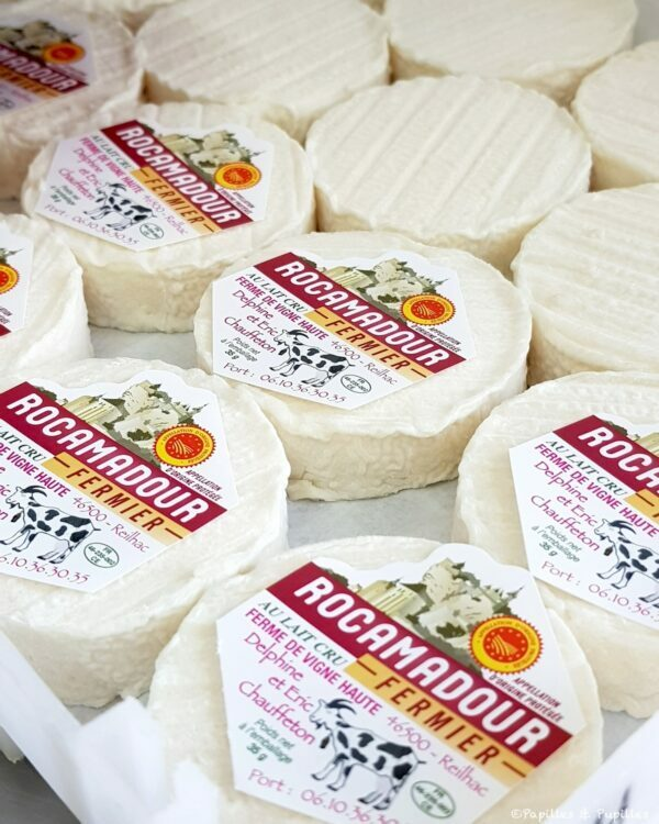 Rocamadour en cours d'étiquetage