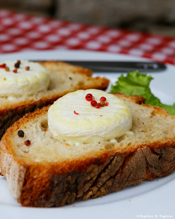 Toasts au Rocamadour