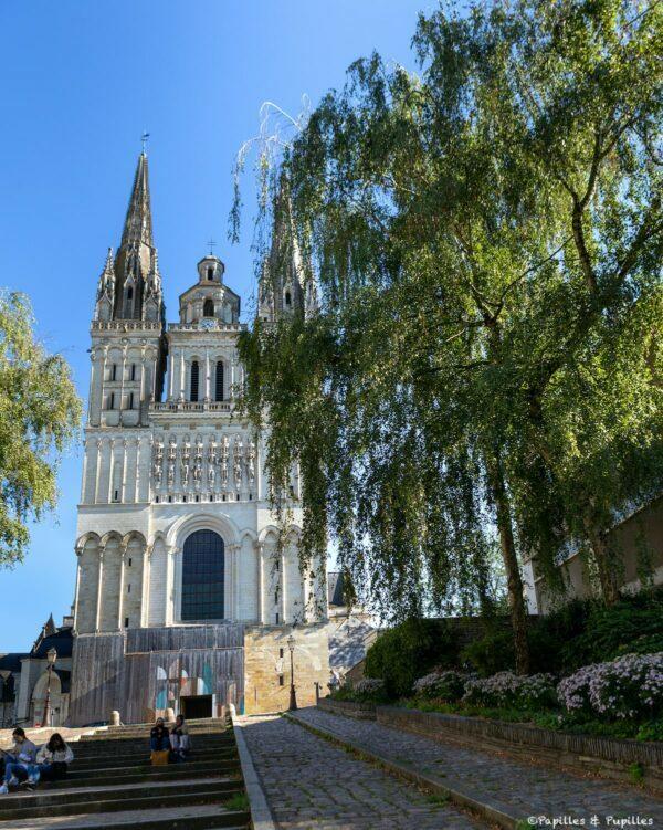 Montée Saint-Maurice et Cathédrale