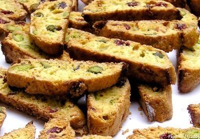 Biscottis aux airelles et aux pistaches