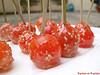 Sucettes de tomates cerises au caramel