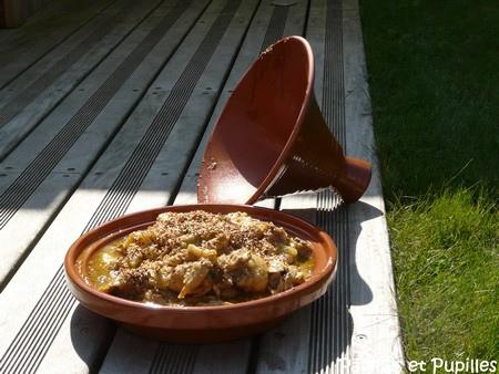 Tajine de poulet aux poires, au miel et à la cannelle