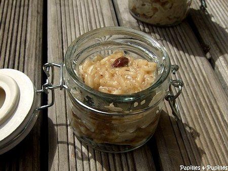 Risotto au lait de coco, à la vanille et aux raisins secs