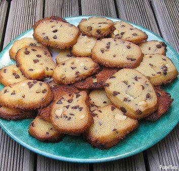 Cookies aux noix de macadamia, aux pépites de chocolat et au sirop d'érable