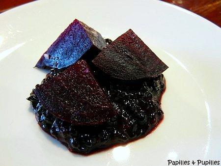 Betterave rouge à la fondue de mûres au basilic pourpre