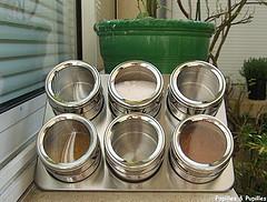 Des Boites à épices Aimantées