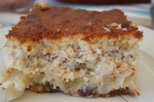 Gâteau léger aux poires et noisettes
