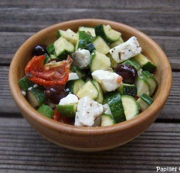 Salade de courgettes, Feta, tomates confites et olives noires