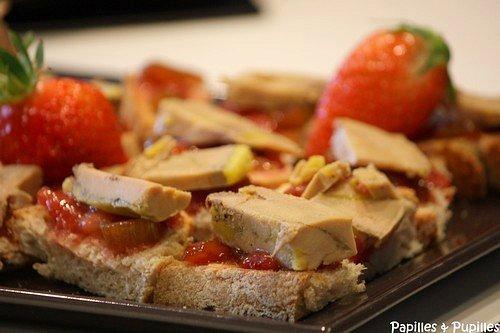 Bruschetta de foie gras, chutney de fraises