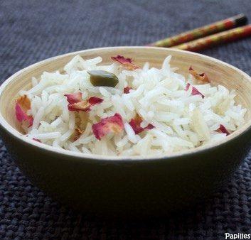 Riz parfumé aux pistaches d'Iran et aux pétales de roses