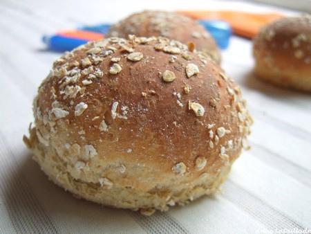 Petits pains au miel et aux flocons d'avoine