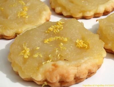 Tartelettes feuilletées aux pommes, miel, citron