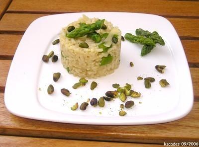 Risotto aux asperges et aux pistaches