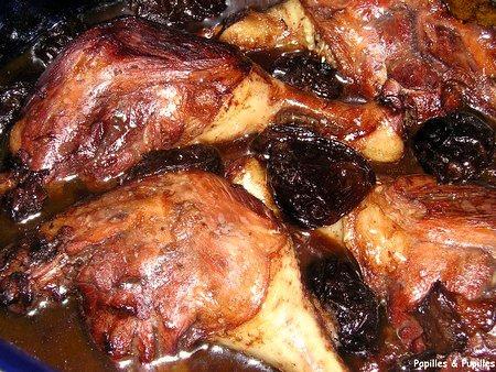 Image Papilles et Pupilles - Cuisses de canards aux pruneaux