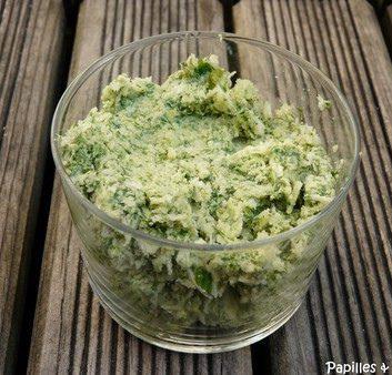 Beurre d'herbes – Croûte d'herbes