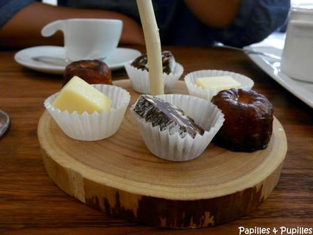 Caramel chocolat blanc citron - Cannelé - saucisson au chocolat et noix et noisettes torréfiées - Ciusha Bordeaux