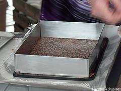 Cadre à pâtisser sur le tapis
